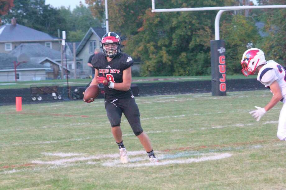Seth Jackson and the Reed City offense were on the go against on Friday night. (Pioneer file photo/John Raffel)