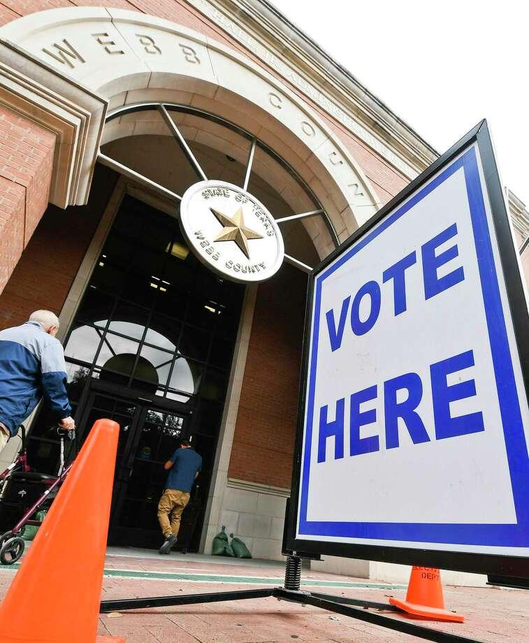 Laredoans enter the Webb County Billy Hall Jr. Administrative Building, the main early voting site, in 2018. Photo: Danny Zaragoza /Laredo Morning Times File / Laredo Morning Times