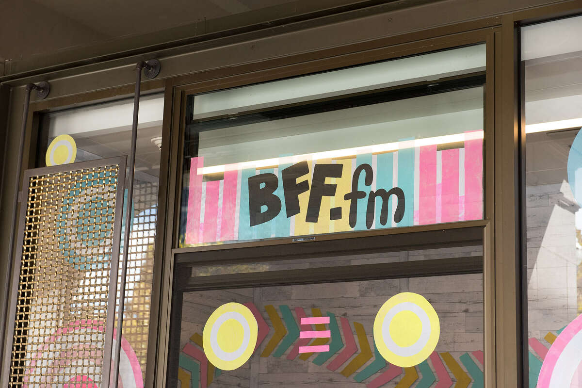 BFF.fm, the Bay Area's favorite indie internet radio scene, just popped up at the Ferry Building.