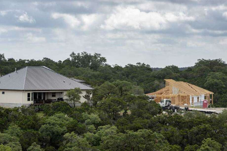 Buyers in Bexar County and surrounding counties closed on 3,623 homes last month, the San Antonio Board of Realtors reported Tuesday. Photo: William Luther / Staff
