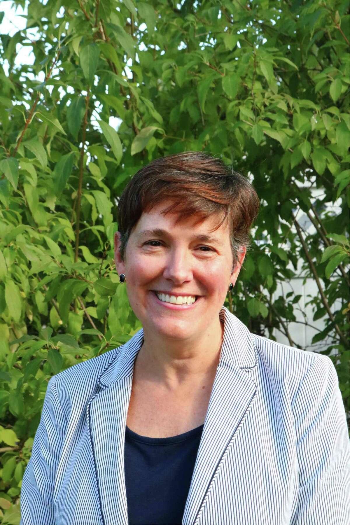 Stephanie O'Shea.
