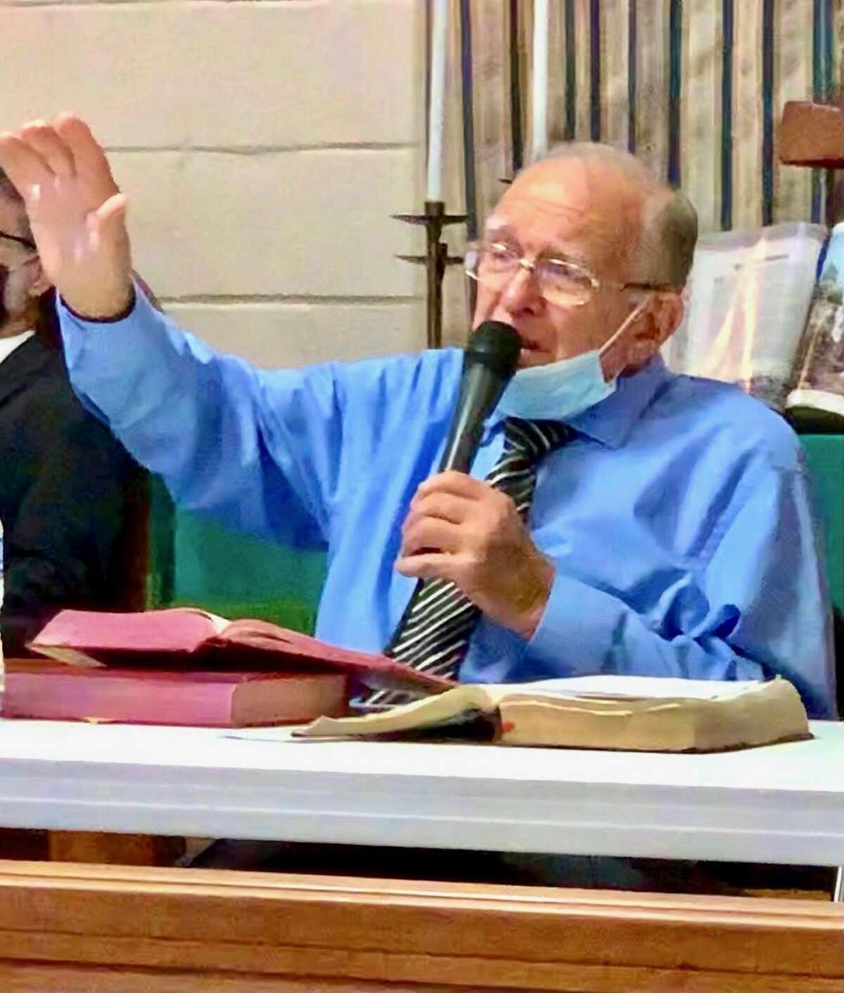 Pastor Bill D. Campbel