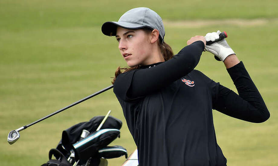 Edwardsville sophomore Nicole Johnson's career-best 3-under 69 allowed her to run away with the individual sectional championship Tuesday at the Champaign Centennial Class 2A Sectional at the University of Illinois Golf Course in Savoy. Photo: File Photo