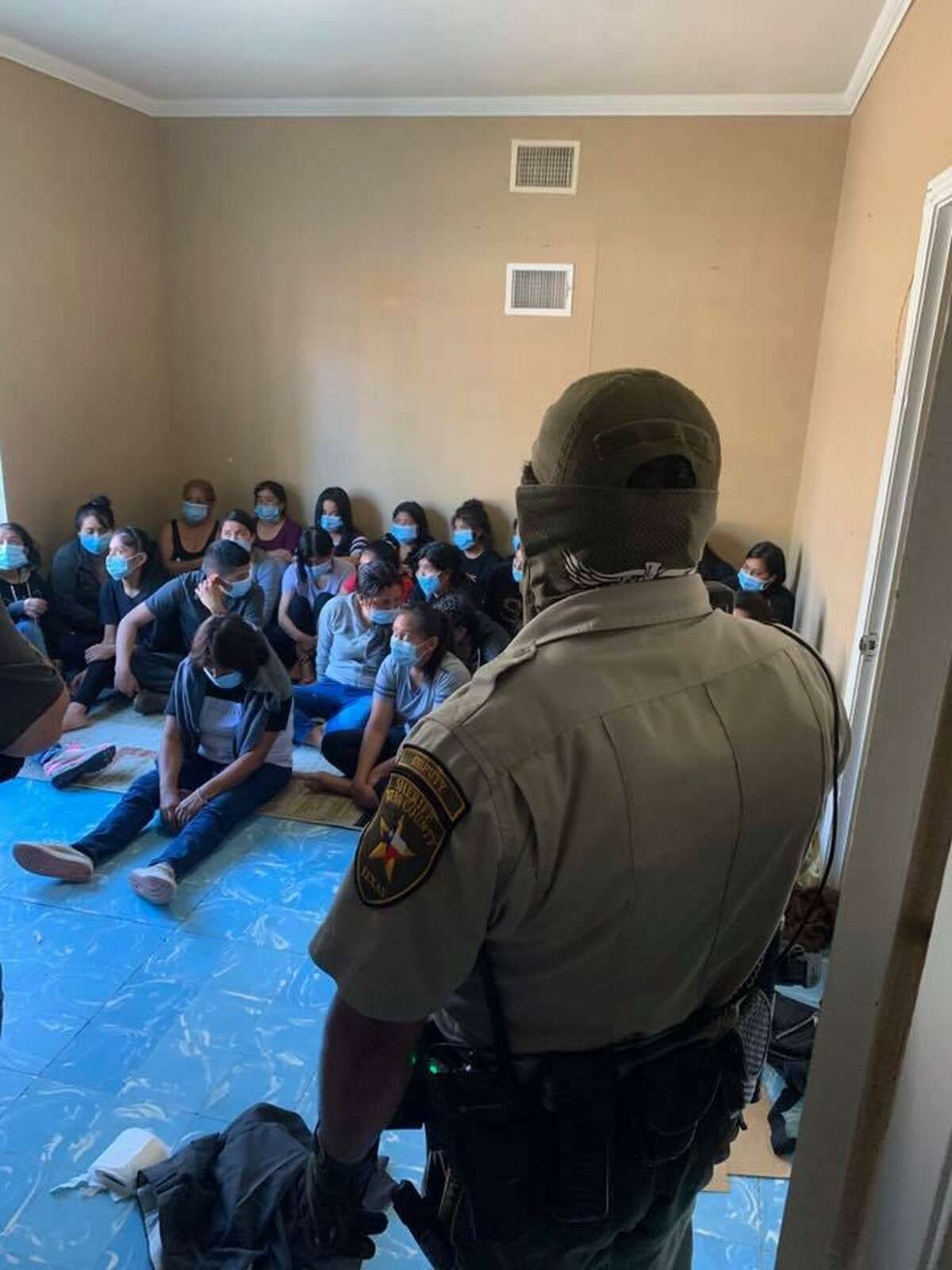 County and federal authorities discovered on Tuesday more than 120 people inside a stash house located in the Las Lomas neighborhood in central Laredo.