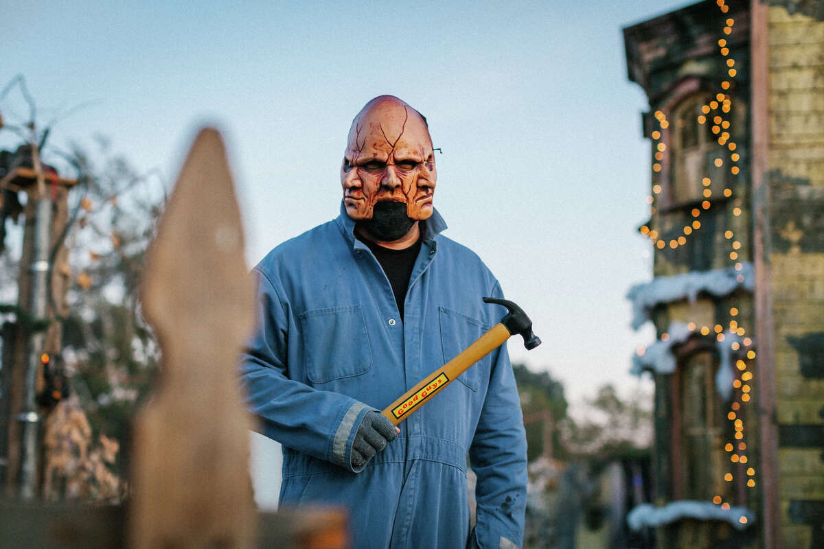 Kyle Cursi, one of the scare actors at Pirates of Emerson, ran his own backyard haunt called