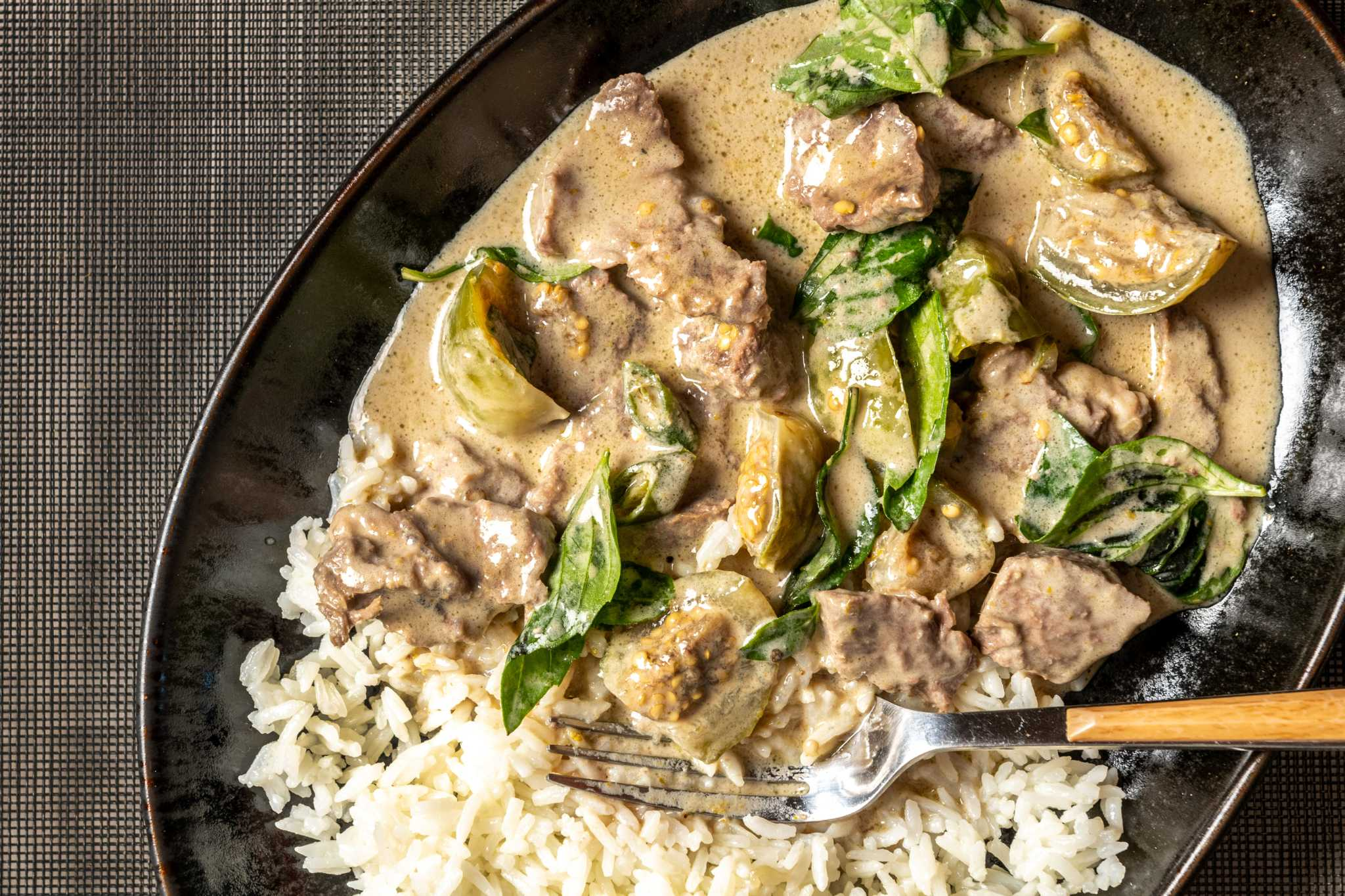 This Thai green curry with beef is all about the sauce