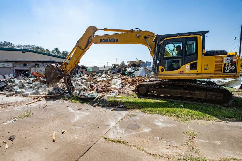 The Humane Society of Southeast Texas is making room for improvements to its facility in Beaumont by demolishing some of the old building. Photo made on October 12, 2020. Fran Ruchalski/The Enterprise Photo: Fran Ruchalski/The Enterprise / © 2020 The Beaumont Enterprise