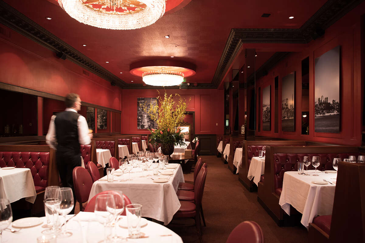 Alfred's Steakhouse at 659 Merchant St. in San Francisco has permanently closed after 92 years.