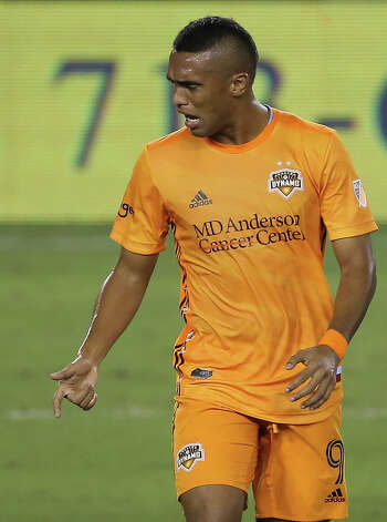 Houston Dynamo forward Mauro Manotas (9) is frustrated after not scoring a goal during the first half of a MLS game against the Nashville SC Wednesday, Oct. 14, 2020, at BBVA Stadium in Houston. Photo: Yi-Chin Lee, Staff Photographer / © 2020 Houston Chronicle