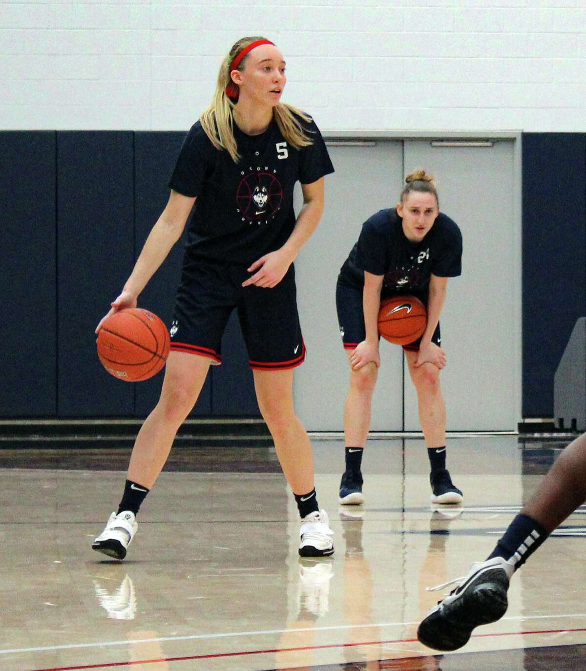 UConn freshman Paige Bueckers participates in women's basketball practice on Wednesday, Oct. 14, 2020 in Storrs, Conn.