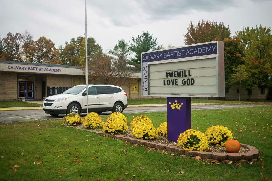 The building at 4417 W. Wackerly St., which was formerly Midland Christian School, is now being leased by Calvary Baptist Academy. (Katy Kildee/kkildee@mdn.net)
