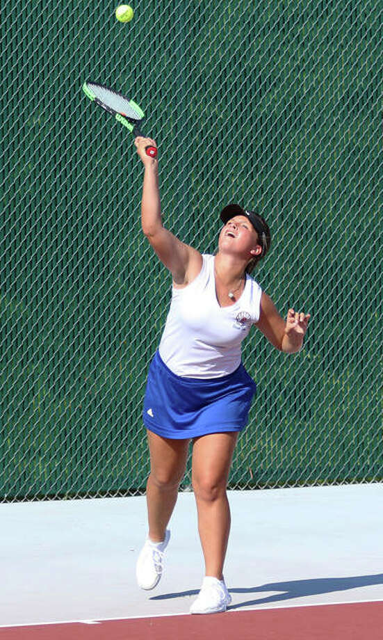 Roxana's Stephanie Kamp took up tennis as a sophomore and has risen to the team's No. 1 singles spot heading into this weekend IHSA Class 1A Belleville Althoff Sectional Tournament. Photo: Greg Shashack | The Telegraph