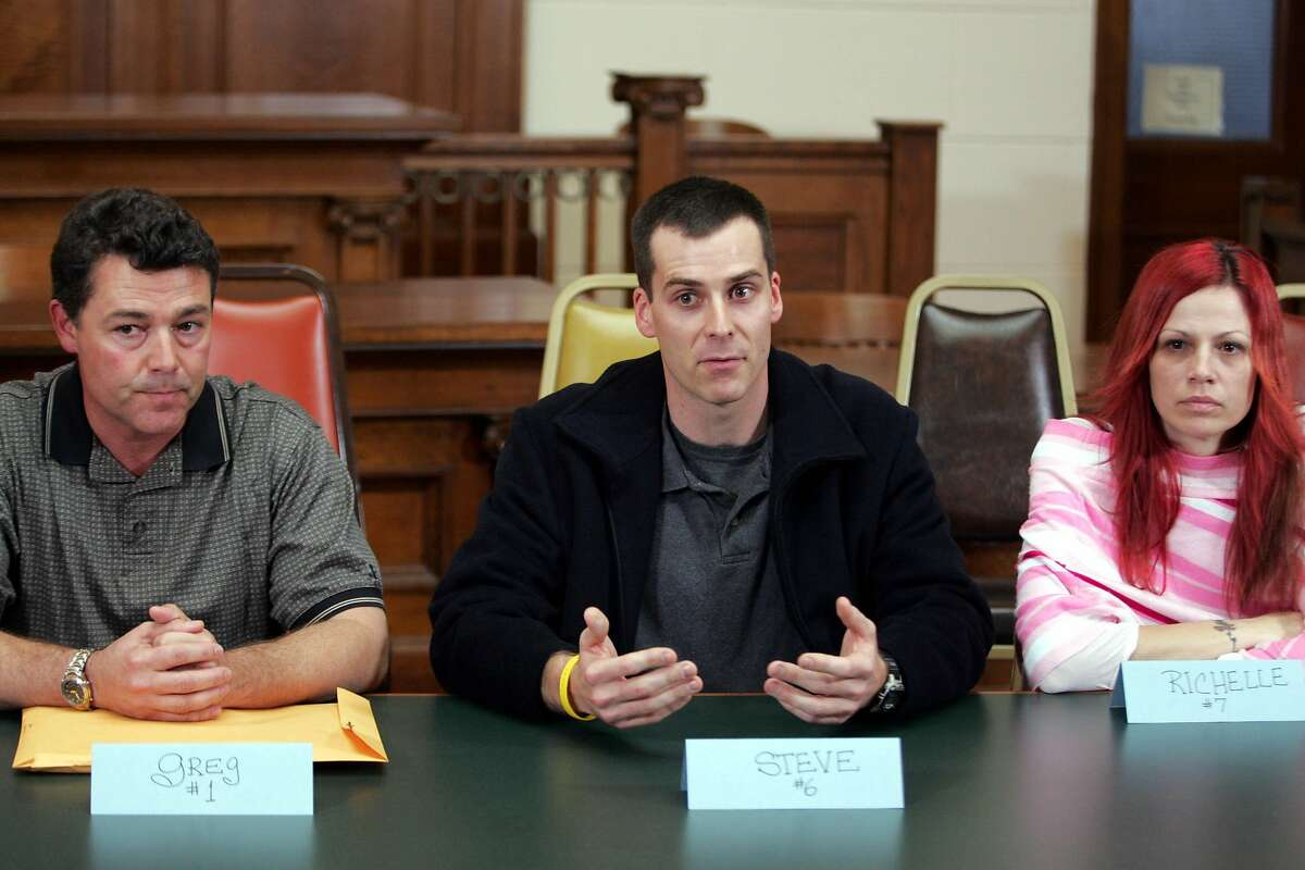 Members of the jury, including Richelle Nice (right), during a news conference in Redwood City, Calif., on Dec. 13, 2004. The California Supreme Court has ordered Scott Peterson's convictions be re-examined because of Nice's conduct as a juror.