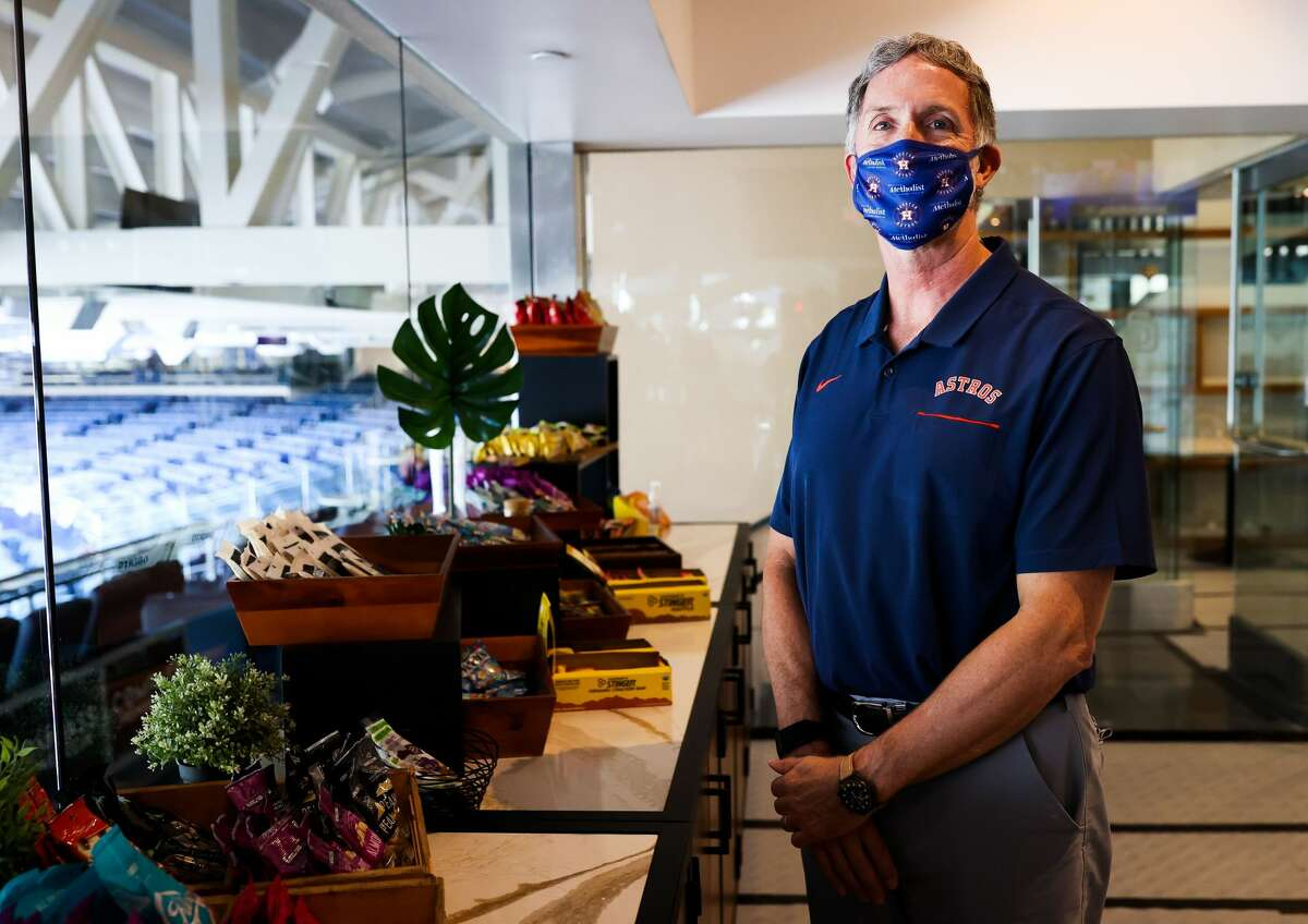 Dr. David Lintner, an orthopedic surgeon for Houston Methodist, is a team doctor with the Houston Astros.