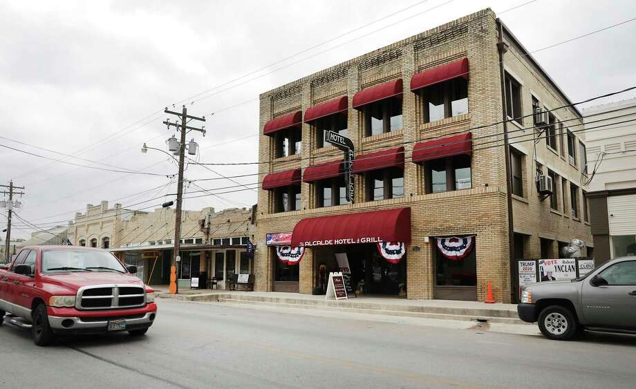 The historical Alcalde Hotel, where Bonnie and Clyde, and Elvis stayed at one point, has reopened as the first historical franchise for budget hotel chain OYO, in Gonzales, Texas, on Thursday, Oct. 15, 2020. Photo: Bob Owen, Staff-photographer / San Antonio Express-News / ©2020 San Antonio Express-News