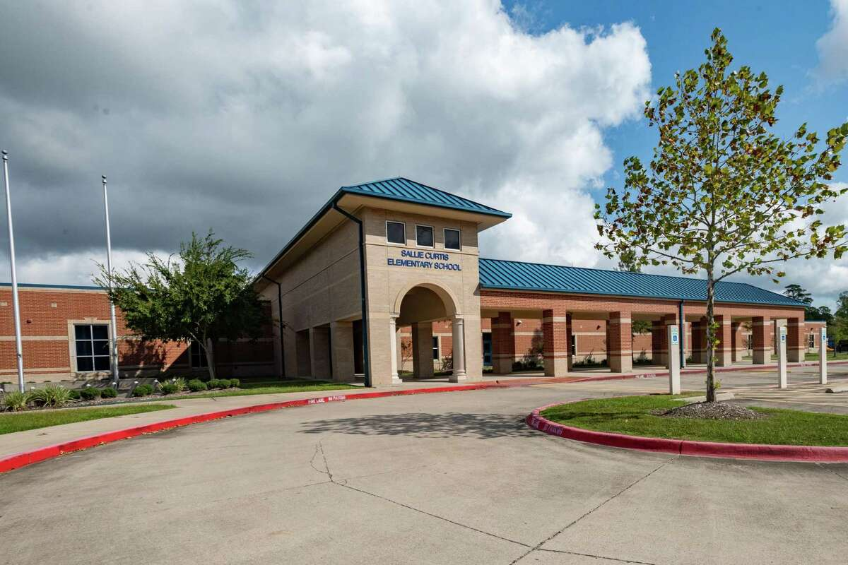 Coronavirus case at Sallie Curtis prompts quarantine. Sallie Curtis Elementary School in Beaumont. Photo made on October 12, 2020. Fran Ruchalski/The Enterprise