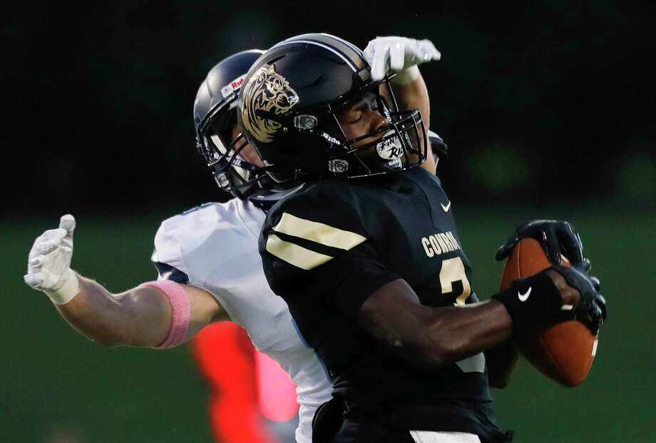 Conroe wide receiver Louis Williams III (3) had two touchdown catches against Dulles. Photo: Jason Fochtman, Houston Chronicle / Staff Photographer / 2020 © Houston Chronicle
