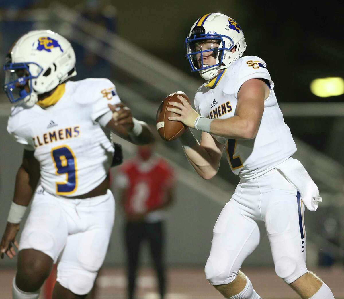 Clemens quarterback Max Didomenico looks for a receiver as Judson hosts Clemens at Rutledge Stadium on Oct.15, 2020.