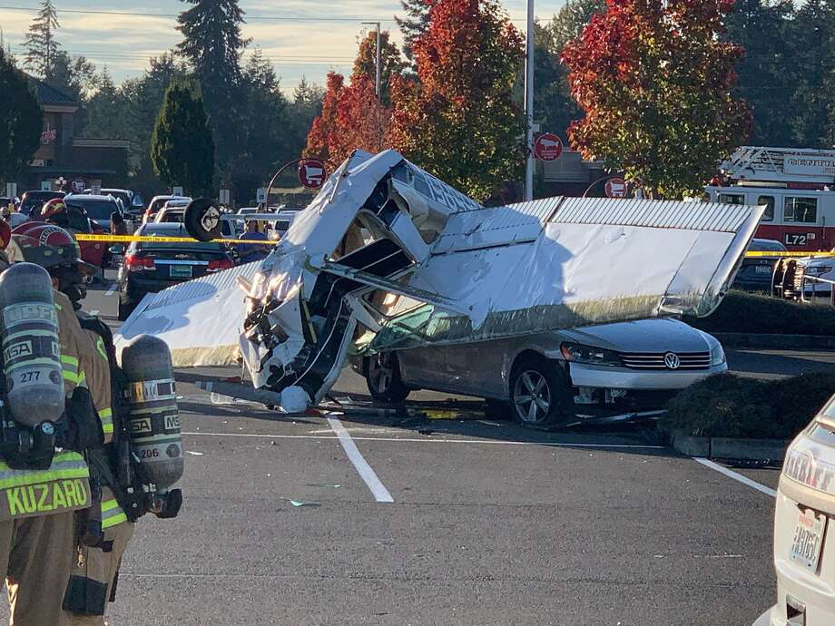 The scene after a small plane crashed in the parking lot of Pierce County strop shopping center. Photo: Trooper Ryan Burke