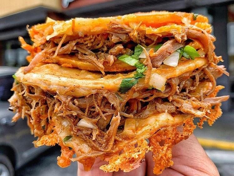Di sinilah Anda bisa mendapatkan birria taco di San Antonio