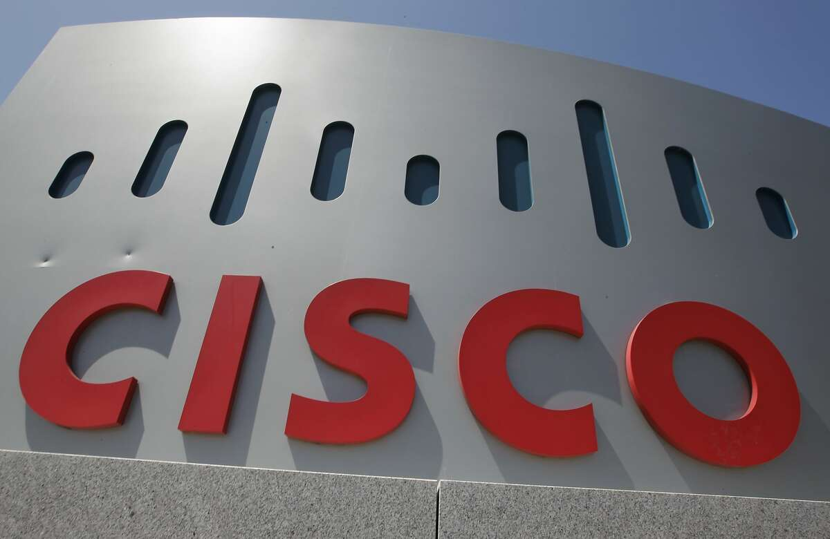 A discrimination lawsuit against Cisco has been dropped, according to a filing by a California labor agency.