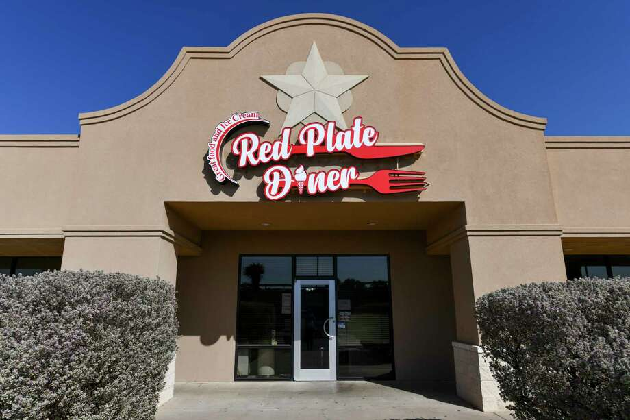 The Red Plate Diner recently rebranded from SwensenÕs Ice Cream and Food and continues to serve family favorites Tuesday, Oct. 13, 2020 at 900 North Loop 250 West Corner of Loop 250 and A Street.   Jacy Lewis/Reporter-Telegram Photo: Jacy Lewis/Reporter-Telegram