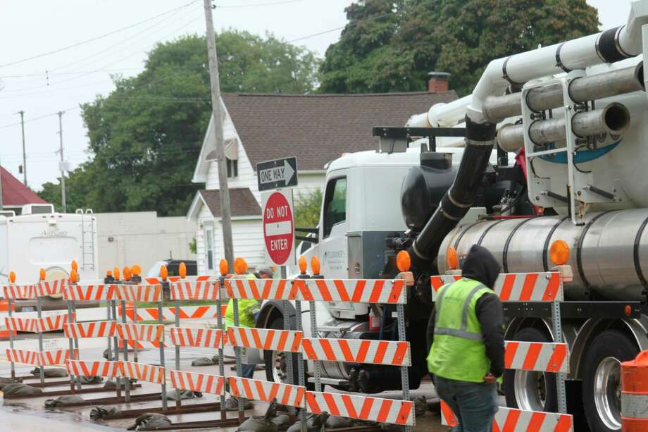 Barrelswere placed on the inner lanes of U.S. 31 from First St. to Ninth St. for sewer main upgrades. (File photo)