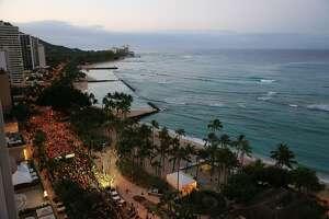 HONOLULU, HI - APRIL 09: Overview shot of starting line during The Hapalua 2017 - Hawaii's Half Marathon on April 9, 2017 in Honolulu, Hawaii.