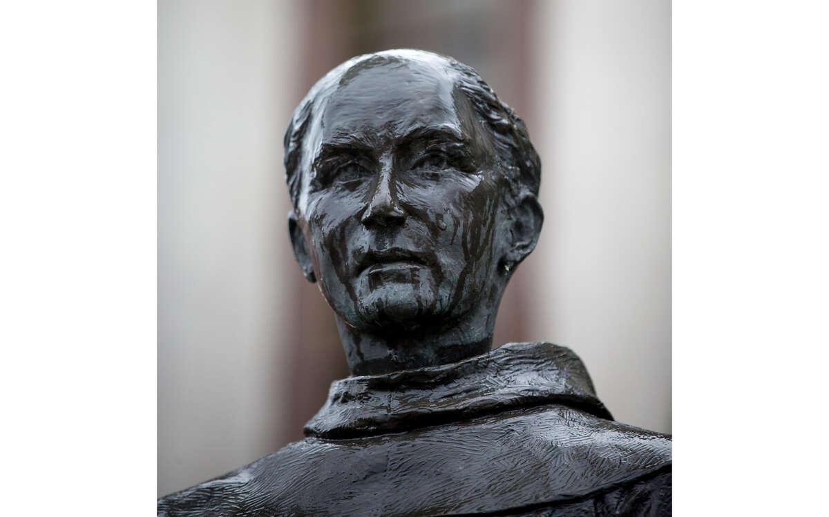 A statue of Junipero Serra at the Mission San Rafael Arc‡ngel is seen on Thursday, Dec. 3, 2015 in San Rafael, Calif.