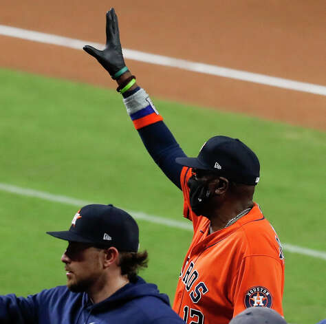 Houston Astros manager Dusty Baker, Jr., waves as he celebrates the Astros win over the Tampa Bay Rays in Game 6 of the American League Championship Series against the Tampa Bay Rays at Petco Park Friday, Oct. 16, 2020, in San Diego. The Astros won 7-4 to even the best-of-seven series, forcing a Game 7. Photo: Karen Warren/Staff Photographer / © 2020 Houston Chronicle