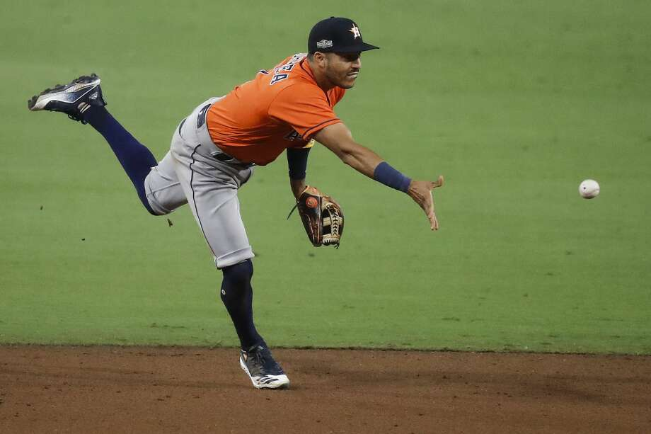 Houston Astros Carlos Correa had an excellent season defensively, but this year's Gold Glove winners were decided differently than they have been in the past. Photo: Karen Warren/Staff Photographer / © 2020 Houston Chronicle