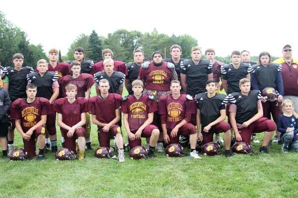 The 2020 Deckerville varsity football team.