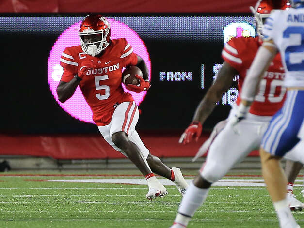 Houston Cougars wide receiver Marquez Stevenson (5) runs the ball during the first quarter against the Brigham Young Cougars Friday, Oct. 16, 2020, at TDECU Stadium in Houston. Photo: Yi-Chin Lee/Staff Photographer / © 2020 Houston Chronicle
