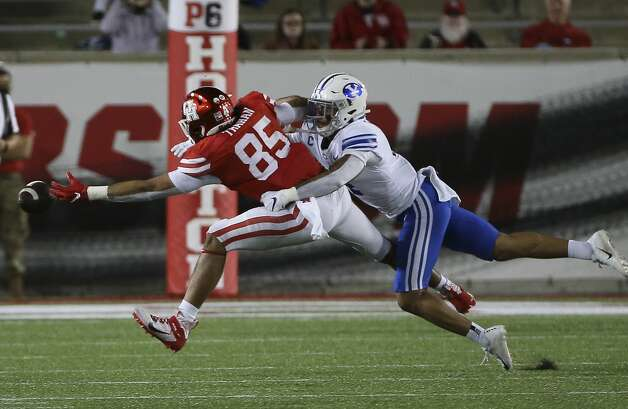 Houston Cougars tight end Christian Trahan (85) cannot catch an intended pass during the fourth quarter against the Brigham Young Cougars Friday, Oct. 16, 2020, at TDECU Stadium in Houston. Photo: Yi-Chin Lee/Staff Photographer / © 2020 Houston Chronicle