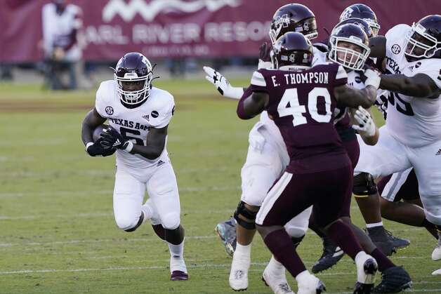 Texas A&M wide receiver Jalen Preston (5) takes a pass past Mississippi State linebacker Erroll Thompson (40) during the second half of an NCAA college football game in Starkville, Miss., Saturday, Oct. 17, 2020. (AP Photo/Rogelio V. Solis) Photo: Rogelio V. Solis/Associated Press / Copyright 2020. The Associated Press. All rights reserved