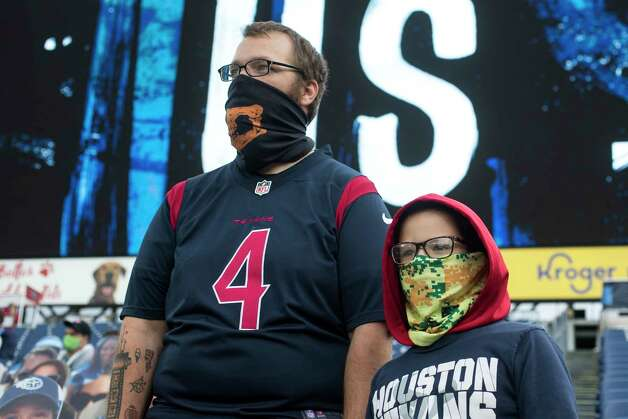 Houston Texans fans watch warm ups before an NFL football game against the Tennessee Titans at Nissan Stadium on Sunday, Oct. 18, 2020, in Nashville. Photo: Brett Coomer, Staff Photographer / © 2020 Houston Chronicle