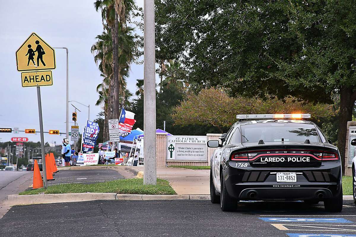 Following confrontations between the different political factions for the presidential race outside the Central Fire Station where early voting is taking place, the Laredo Police Department has assigned police units to keep order.