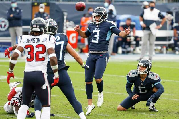 Tennessee Titans kicker Stephen Gostkowski (3) has his field goal attempt blocked by the Houston Texans during the third quarter of an NFL football game at Nissan Stadium on Sunday, Oct. 18, 2020, in Nashville. Photo: Brett Coomer, Staff Photographer / © 2020 Houston Chronicle