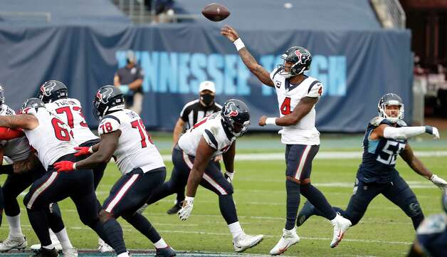 Houston Texans quarterback Deshaun Watson (4) passes against the Tennessee Titans during the fourth quarter of an NFL football game at Nissan Stadium on Sunday, Oct. 18, 2020, in Nashville. Photo: Brett Coomer, Staff Photographer / © 2020 Houston Chronicle