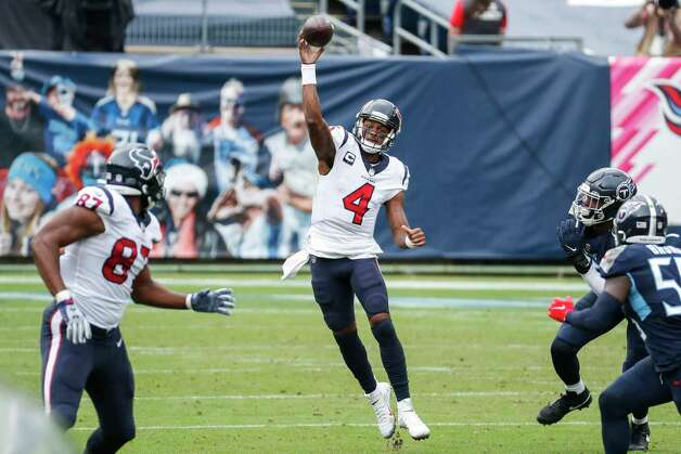 Houston Texans quarterback Deshaun Watson (4) pass to tight end Darren Fells (87) against the Tennessee Titans during the third quarter of an NFL football game at Nissan Stadium on Sunday, Oct. 18, 2020, in Nashville. Photo: Brett Coomer, Staff Photographer / © 2020 Houston Chronicle