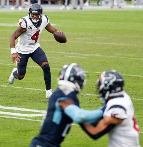 Houston Texans quarterback Deshaun Watson (4) rolls out to pass against the Tennessee Titans during the fourth quarter of an NFL football game at Nissan Stadium on Sunday, Oct. 18, 2020, in Nashville. Photo: Brett Coomer, Staff Photographer / © 2020 Houston Chronicle