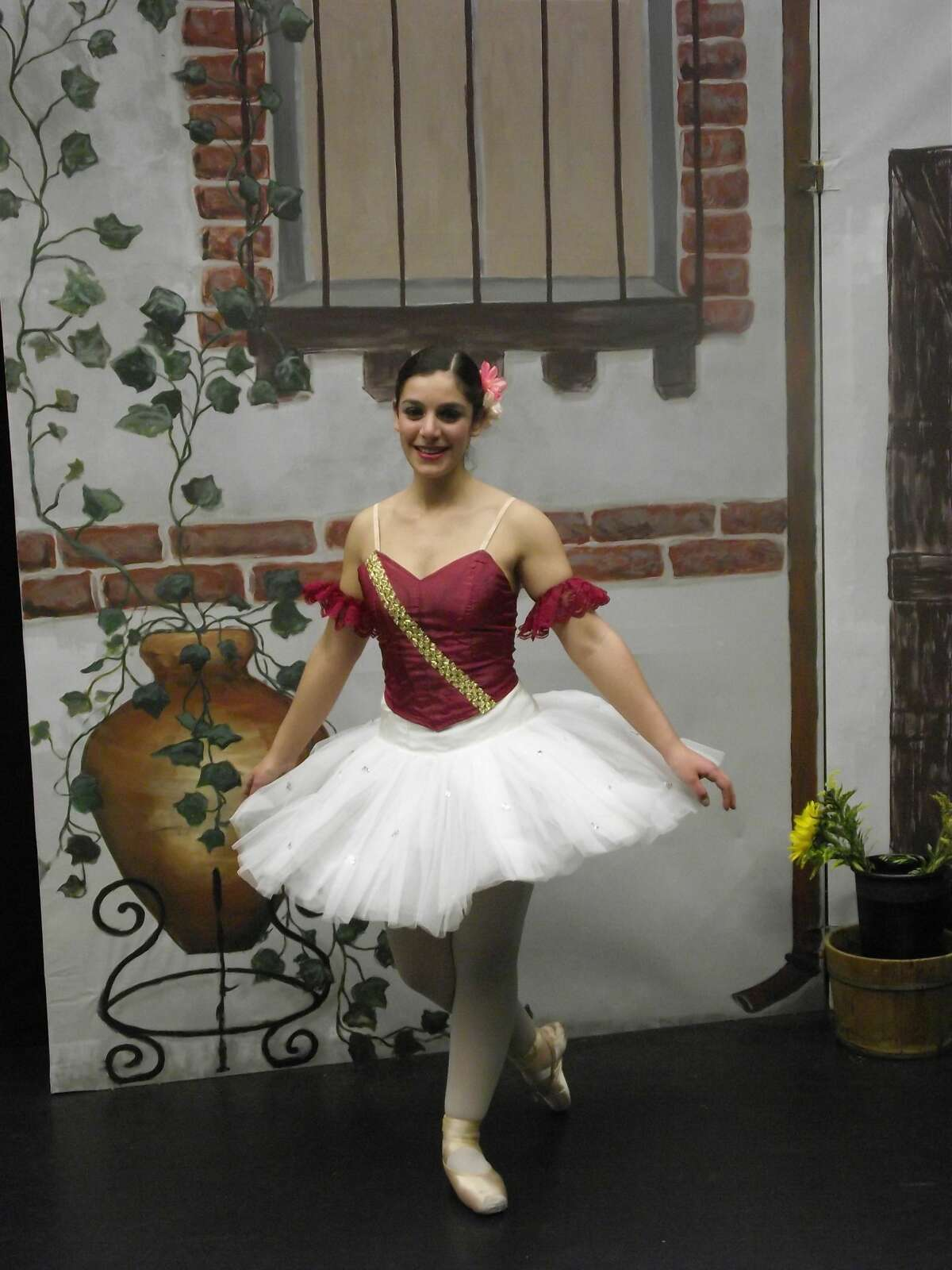 2. I grew up studying classical ballet. I wore tutus and point shoes. We performed full-length ballets - the 'Nutcracker' every winter and shows like 'A Midsummer's Night Dream' or 'Don Quixote' every spring.