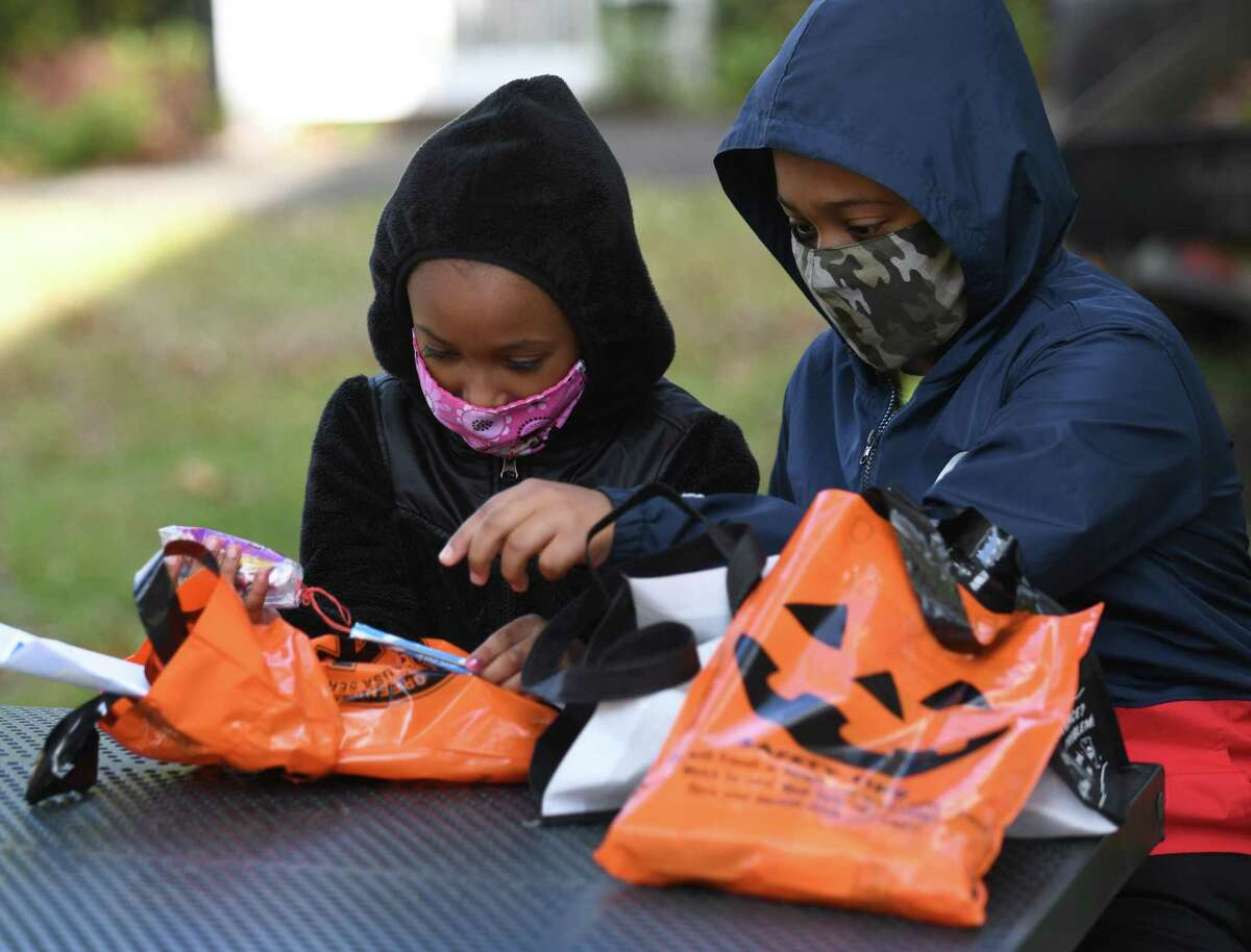 Seattle launches 'Trick or Street Block' permits for a safe, socially distanced Halloween With Halloween approaching and cases of COVID-19 rising in Western Washington, city health officials are advising residents that Halloween traditions will have to look different this year to stop the spread of the virus. And to help people, and especially kids, stay socially distant and still celebrate the spooky holiday, the Seattle Department of Transportation opened up free permits for