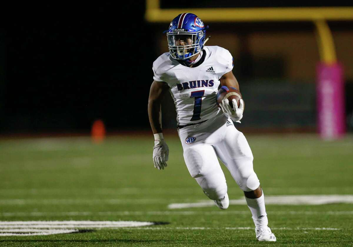 West Brook running back Jamichael Foxall (7) runs the ball against Tomball Memorial during the second half of the game at Tomball ISD Stadium Friday, Oct. 2, 2020, in Tomball, Texas.
