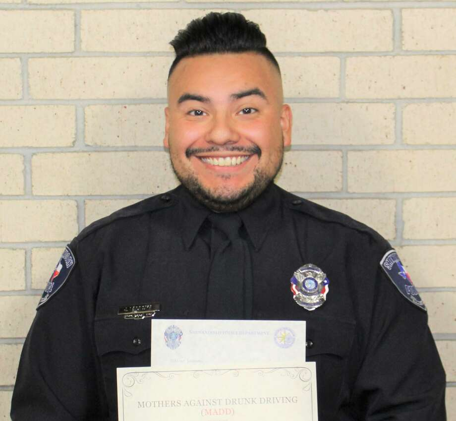 Shenandoah Police Department Officer Jeremiah Ledesma received on Oct. 14 an award from Mothers Against Drunk Driving. Photo: Courtesy Of The Shenandoah Police Department
