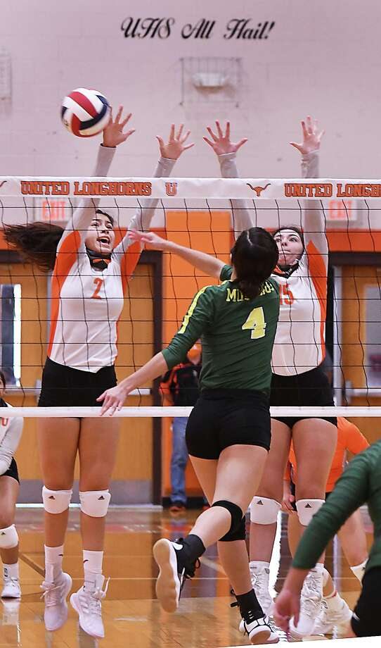Alejandra Vazquez, Ivanna De La Pascuaa and the Lady Longhorns defeated the Lady Mustangs on Saturday. Photo: Cuate Santos /Laredo Morning Times