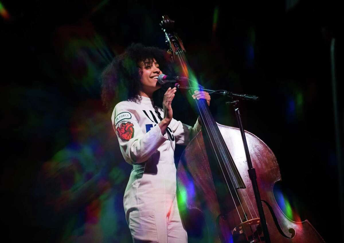 Oregon: Esperanza Spalding Esperanza Spalding is an American jazz bassist, singer, songwriter and composer from Portland, Oregon. She's self-taught and trained on a number of instruments, including the guitar and bass. She won a Grammy for Best New Artist beating out favorites such as Justin Bieber, Drake, Mumford & Sons, and even Florence & the Machine.