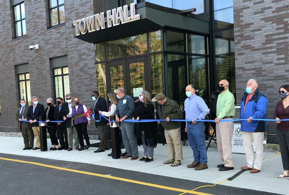 East Hampton's new Town Hall is dedicated. Photo: Jeff Mill / Hearst Connecticut Media