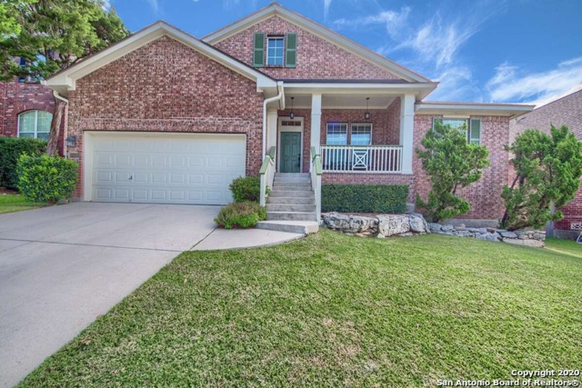 Homebuyers are flocking to Rogers Ranch, a popular San Antonio subdivision, for its unbeatable location, highly rated schools and community amenities.