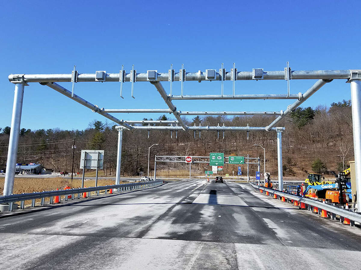 Gantry construction that created cashless tolling on the New York state Thruway.